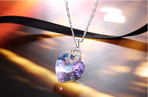 3 heart crystal necklace