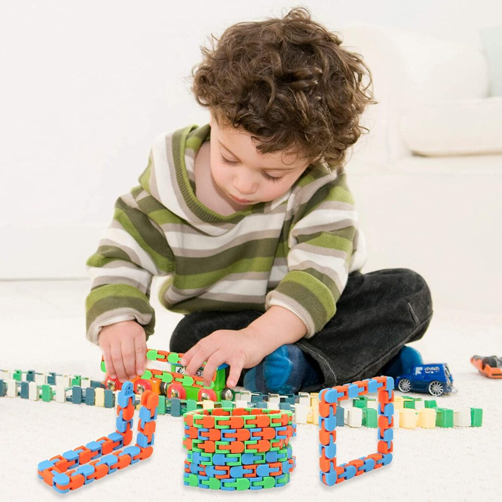 $5 GIFT IDEAS FOR KIDS